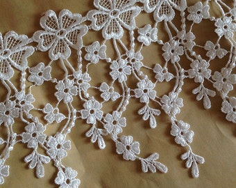off White Lace Venice Crocheted Lace Fabric with Jewelry Design