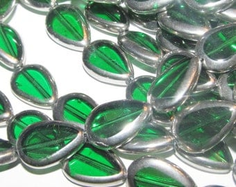 Electroplated Glass Beads - silver and green - 10 pieces - Green 17x12mm (051)