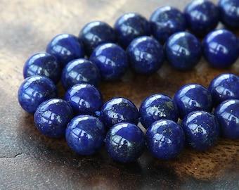 Lapis Lazuli Gemstone Beads, 8mm Round - 15 inch strand - EGR-LL002-8