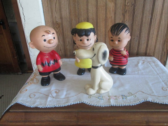 Vintage Hungerford Peanuts Figures...Snoopy, Charlie Brown, Lucy and Linus
