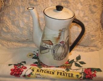 Tea Pot, Pottery Tea Pot, Vintage Kitchen, Vintage Dishes, Sweet Little Teapot or Coffee Pot/:)S