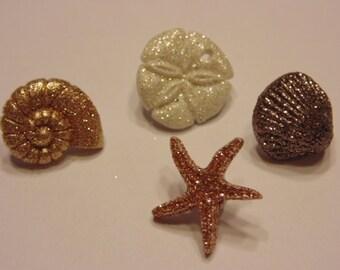 4 glitter shell buttons, 15-18 mm (B3)
