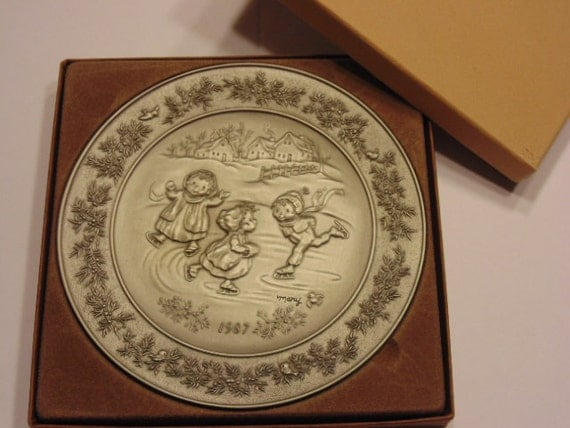 Pewter Plate Hallmark Chart England: Items Similar To Hallmark Little Gallery Pewter Plate, In