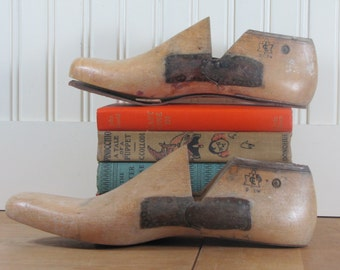 2 Wooden Shoe Lasts, Shoe Form, Industrial Shoe Form, Vintage Shoe Lasts, Factory Shoe Lasts, Lasts, Canadian Shoe Lasts, Canada