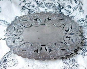 Double silver plate trivet by Wallace...7310.