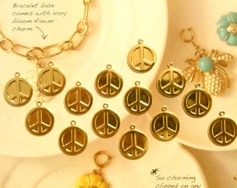 14 Goldplated Peace Sign Pendants