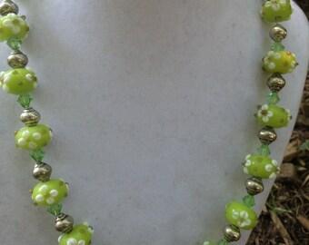 Green Flower Glass Bead Necklace
