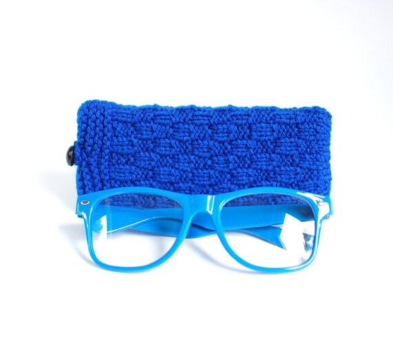 SALE - 30% OFF. Blue Glasses Case, Reading Glasses Cozy, Eyeglasses or Sunglasses Holder.