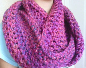 Crochet Infinity Scarf, Cowl Scarf, Loop Scarf -Pink and Purple Blend- Circle Scarf, Women, Girl, Thick, Soft, Warm, Fluffy, Chunky