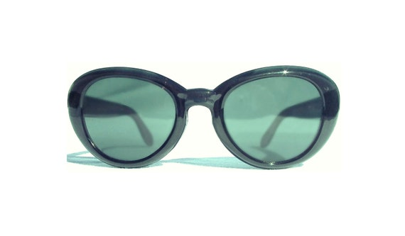 60s Evergreen Cat Eye Sunglasses / Italian Cateye Glasses / 1960s Vintage Oversized Cat Eyes