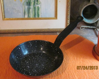 Primitive Frying Pan Savory Fry Pan Cold Handle Small