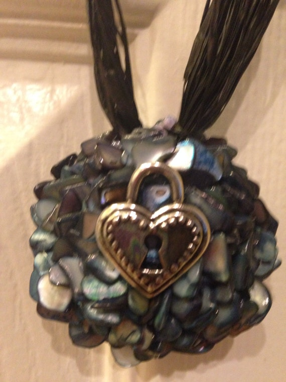 Doorknob decor heart lock and key decor for Lock and key decor