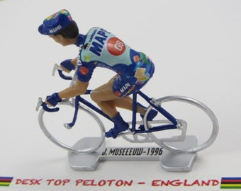 Johan Museeuw - Mapei - GB - 1996 -  Paris Roubaix Winner - Individually Handcrafted French Peloton Cycling Figure