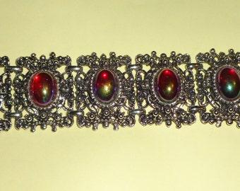 Chunky translucent Irridescent glass cabochan bracelet*