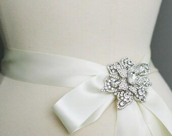 wedding dress sash, bridal gown belt, crystal brooch, wedding accessory , wedding pin