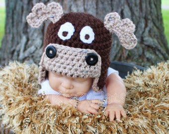 Moose Hat. Crochet Moose hat.