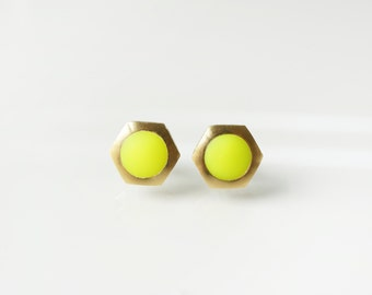 Neon yellow geometric hexagon circle stud earring -Small-