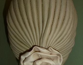 Alopecia Turban, Chemo Turban with beige Satin Flower