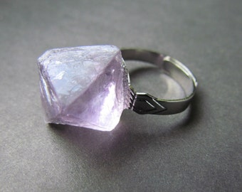 fluorite ring - raw fluorite ring - expandable ring - statement ring - stone ring - fluorite -