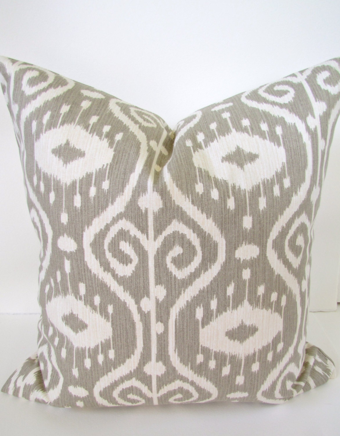 Throw Pillows Taupe : Chandeliers & Pendant Lights