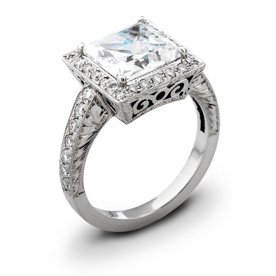 Ladies Vintage 18kt White Gold Engagement Ring 0.50 Ctw G-VS2