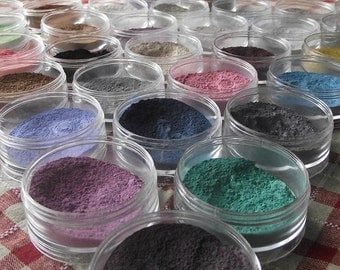 SALE SPECIAL  50 Eyeshadow Samples You Pick Great Gift Idea