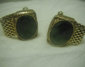 Jade and chain mail gold cuff links, vintage