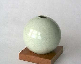 grey vase, ceramic and wood vase, Ceramic Vase, Flower Vase, Bud Vase, Pottery Vase, Modern, Mother's Days Gift, Wedding Gift, small vase