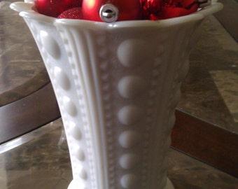 Vintage milk glass detailed vase with ruffled edge