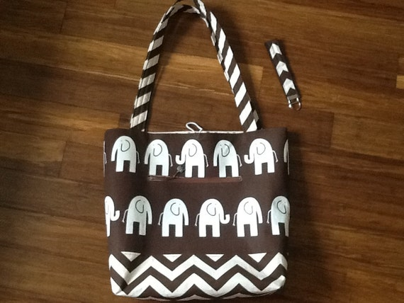 Elephant tote with matching key fob and cosmetic case