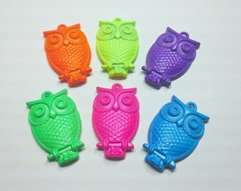 1PC Neon Painted Vintage Style Owl Pendant - You Choose Color