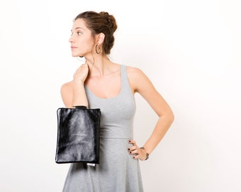 Shiny Black leather clutch bag  - Leather purse - Leather wristlet - Clutch purse - Metal ring in Nickel color - Leather Zipper Pouch