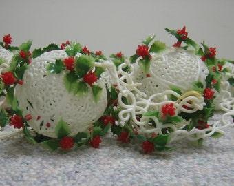 Vintage Christmas Garland Globes Balls