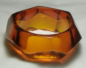 Vintage Bangle Lucite Bangle Wide Bangle Faceted Lucite Chunky Bracelet Couture Jewelry Amber Lucite Bracelet Lucite Jewelry Mod Jewelry