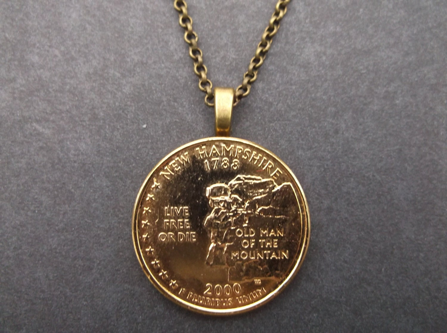 New Hampshire United States Gold Colored Quarter Coin Necklace
