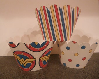 Wonder Woman Cupcake Wrappers   Set of 12  Superhero