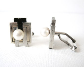 Vintage TP Sterling Silver Black Enamel And Gold Cufflinks With Cultured Pearl In Letters TH