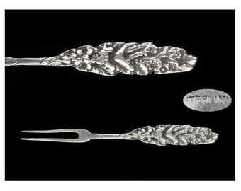 Antique Sterling Silver Unknown Maker Floral Berry Fork