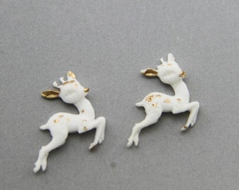 2pcs of tinny deer with gold  hand paint resin cobochon -20x15mm -0522- white and  gold