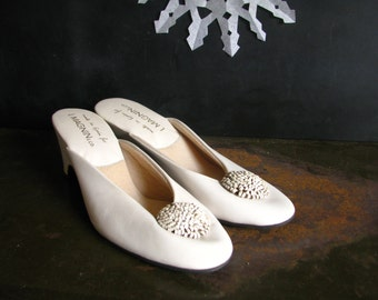 I. Magnin & Co Made in Spain White Leather Shoes