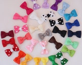 Set of 10 Baby Hair Bows Small / newborn hair clip / infant bow / baby shower gift / toddler hair accessory / small hair clip / tiny clips