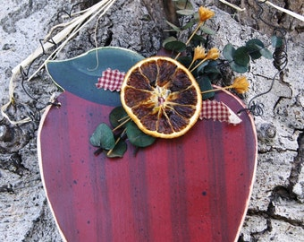 Apple Home Decoration- Fall Wood Decoration Sign - Wall or Door Hanging