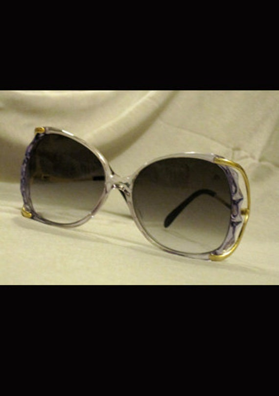 1970s Womans Vintage Sunglasses - blue & gold