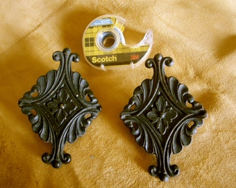 Antique iron curtain rod decoration designed for end of flat rod