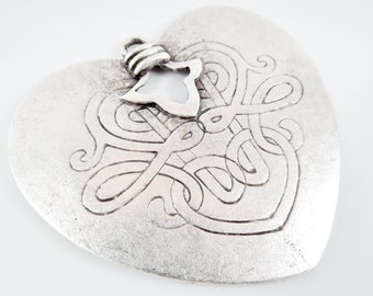 Large Tribal Ethnic Heart Pendant with Vine Pattern - Matte silver plated - 1pc