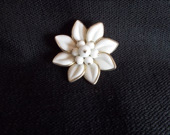 Vintage Coro White and Goldtone Flower Brooch.....222