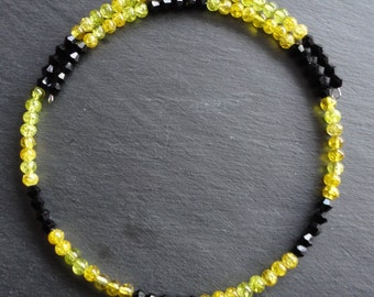 Necklace black yellow