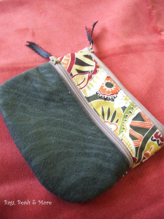 Green Paisley Cosmetic Bag, Zippered Pouch