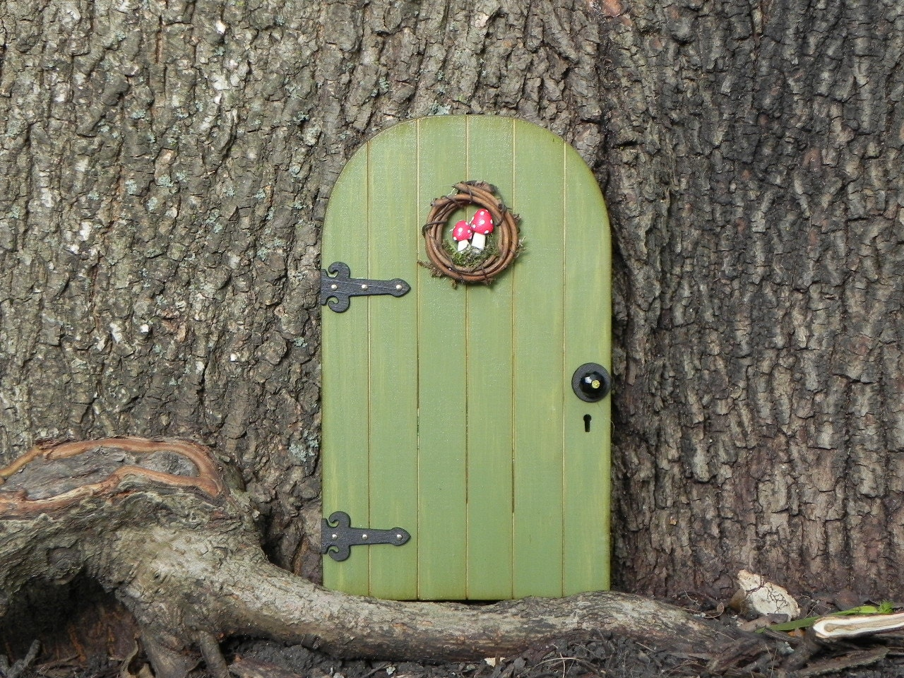 Fairy Door Fairy Garden Miniature Wood Fern Green With Wreath