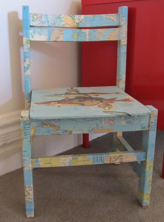 Los niños, silla infantil - perfecto para el dormitorio o comedor, de madera con mapas de aplique